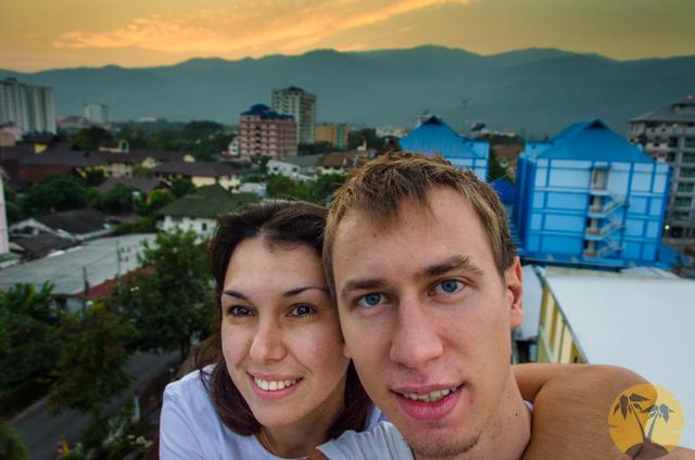 На крыше дома, Чианг Май