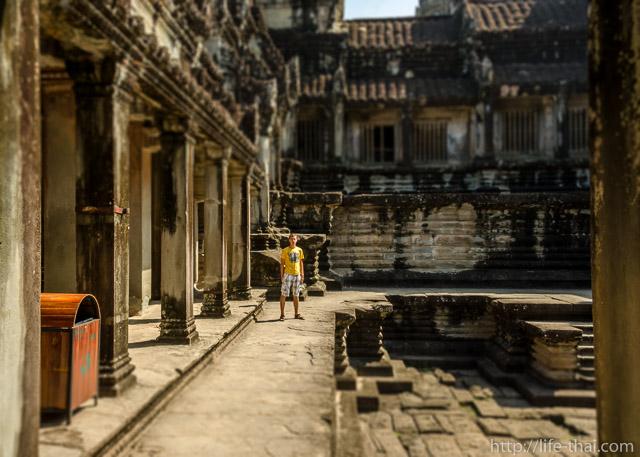 Игорь и Ангкор-ват