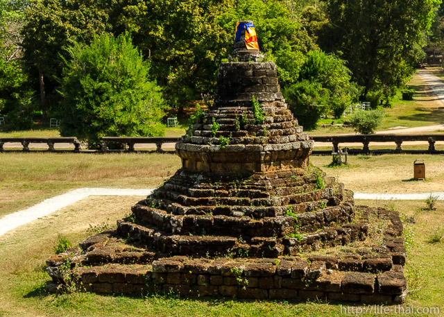 Ступа, Ангкор-ват
