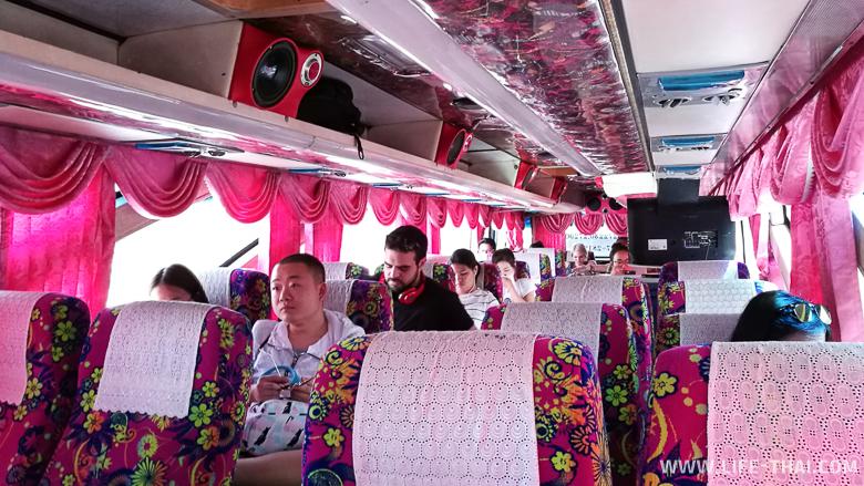 Автобус из аэропорта Сураттани до паром Ситран