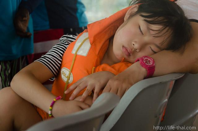 спящий ребёнок, Шри Ланка