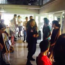 Тайские полицейские ловят фарангов