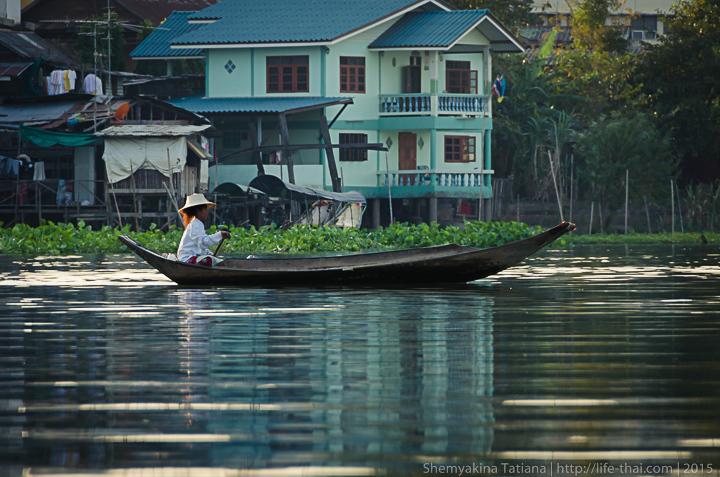 Лодки, Аюттайя, Таиланд