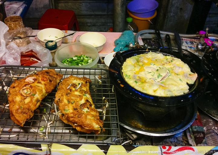 Яичница с морепродуктами и соевыми ростками, Таиланд