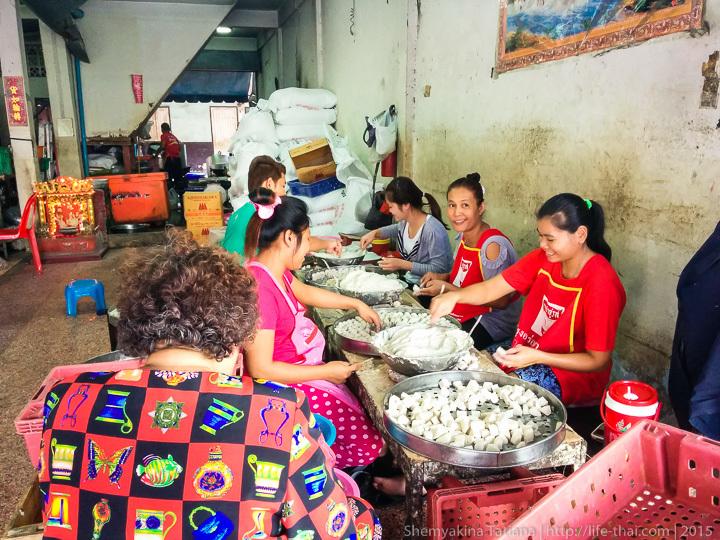 Тайских цех по производству рыбных шариков