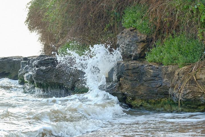 Капканы, Керчь, берег, волны