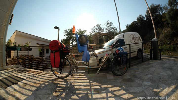 Велосипед тандем, Из Сингапура в Черногорию