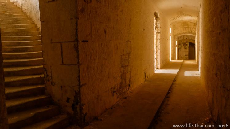 Форт Горажда внутри, Черногория