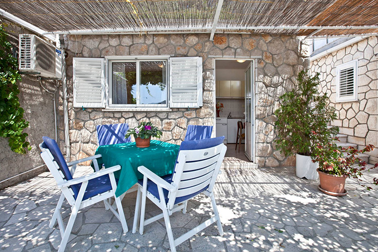 Апартамент в Дубровнике у пляжа Лапад