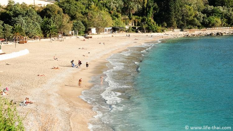 Пляж Каменево: фото, описание