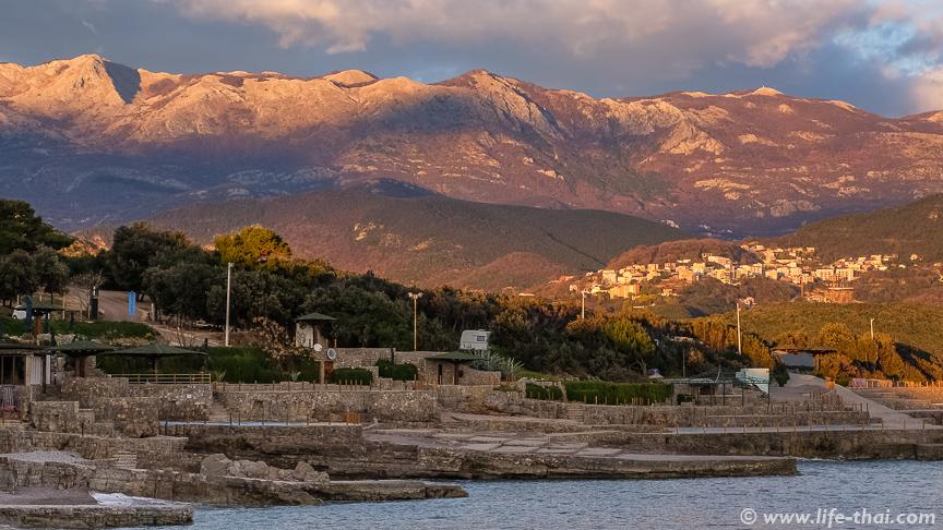 Пляж Плоче, Черногория