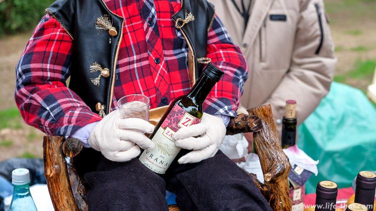Фестиваль вина и уклейки в Вирпазаре
