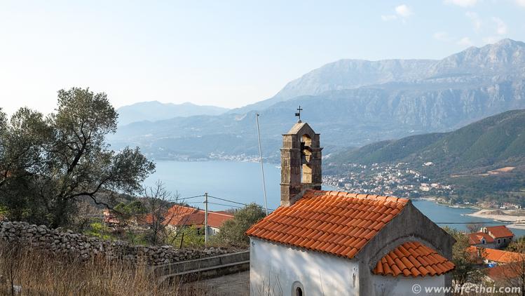 Колокольня на церкви, Черногория
