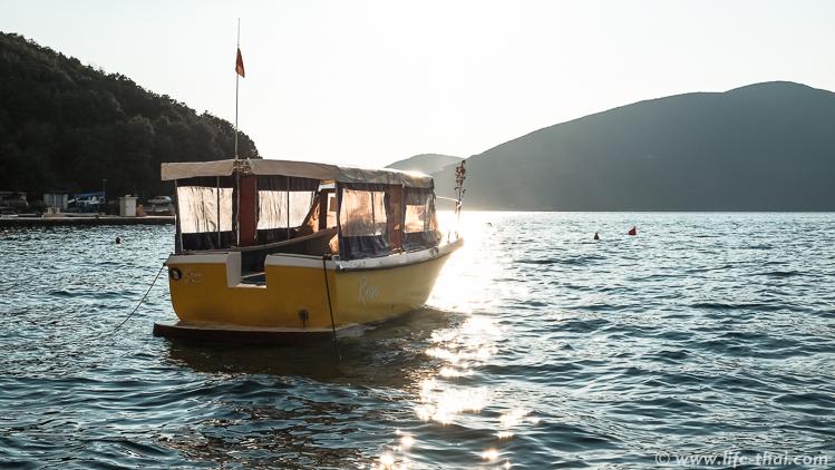 Лодка, Росе, Черногоиря