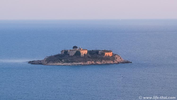 Остров-тюрьма Мамула, Черногория
