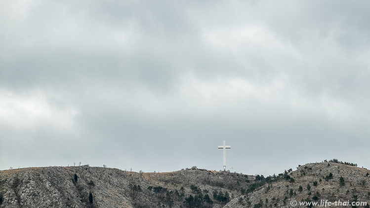 Крест на холме Хум, Мостар, Босния и Герцеговина
