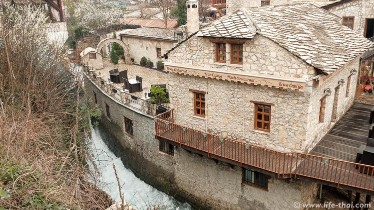 Река Радоболя в Мостаре, автопутешествие по Боснии и Герцеговине