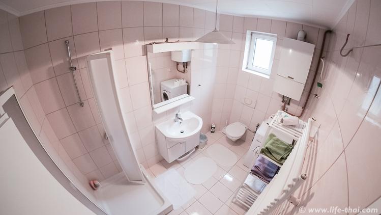 Ванная, обзор квартиры airnbn в Сараево