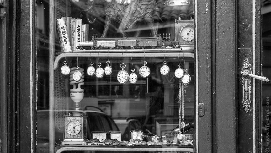 Часы, антиквартная лавка, Сараево, Босния и Герцеговина