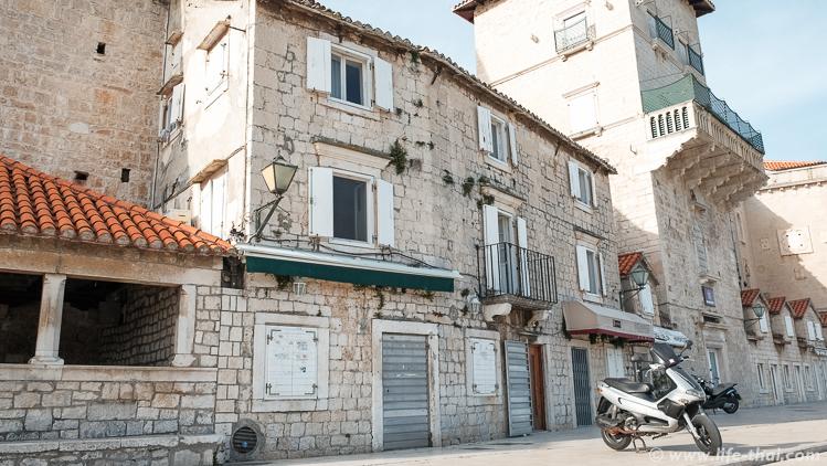 улицы старого города, Трогир, Хорватия