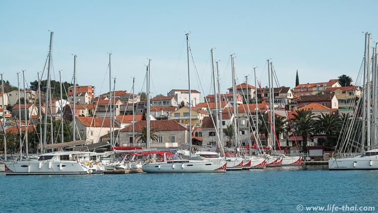 Яхты, Трогир, Хорватия