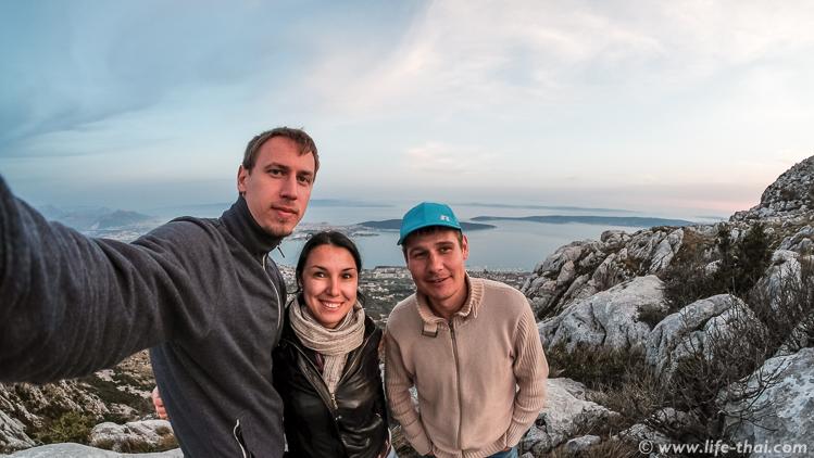 Закат на горе Козяк, вид на Сплит, Хорватия