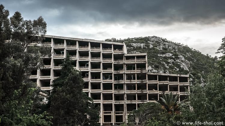 """Отель """"Купари"""" в заброшенном курорте Купари, Хорватия"""