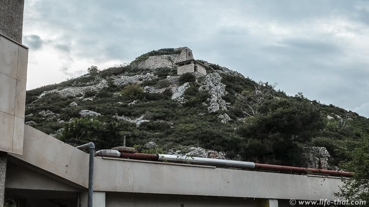 """Отель """"Купари"""": Отель """"Купари"""" в заброшенном курорте Купари, Хорватия"""