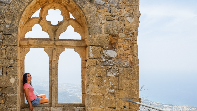 В замке Спящей Красавицы, Северный Кипр