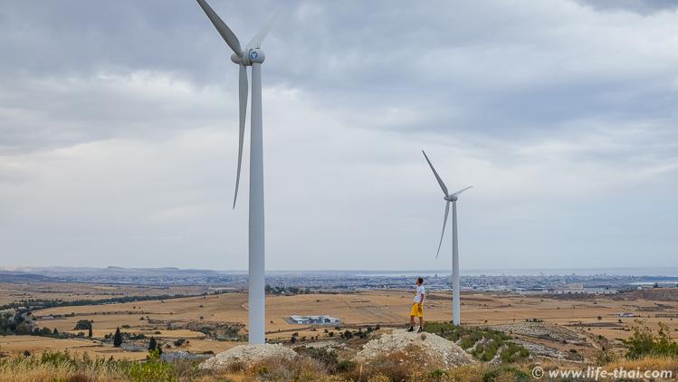 Ветряки на Кипре, путешествие по Кипру