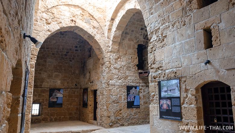 Средневековая крепость в Пафосе, Кипр