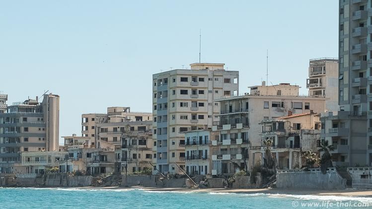 Заброшенный отель в Вароше, пляж Фамагуста, Северный Кипр