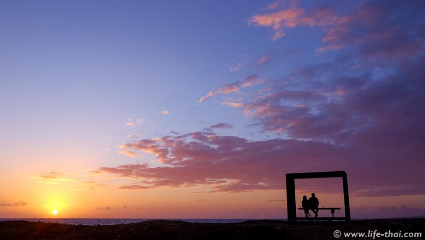 Влюблённая пара, Закат на Кипре, фото