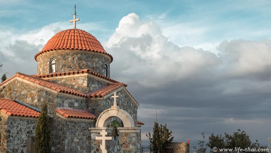 Монастырь Ставровуни - достопримечательность Кипра