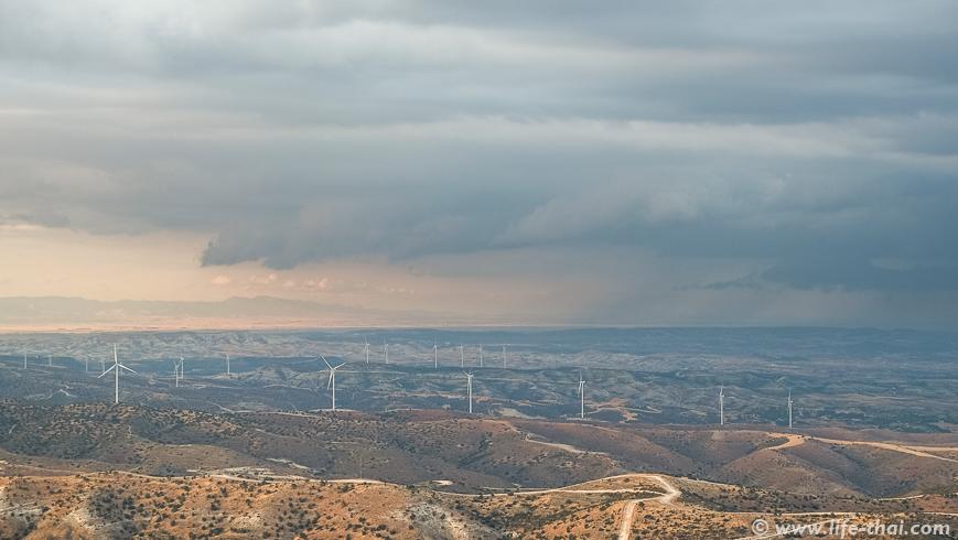 Шторм над Ларнакой, Кипр