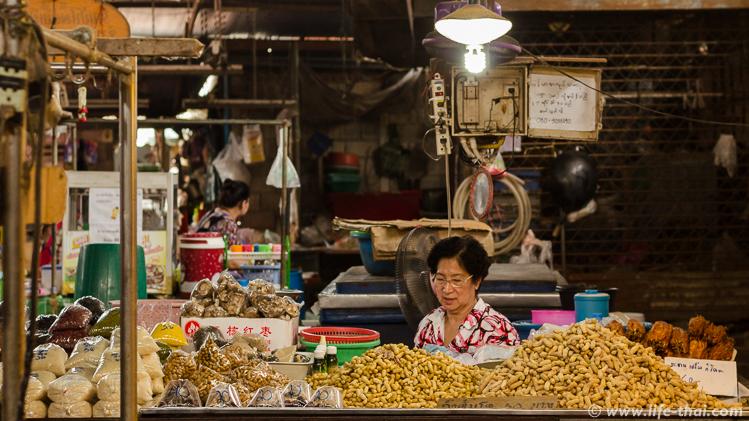 Обычный тайский рынок