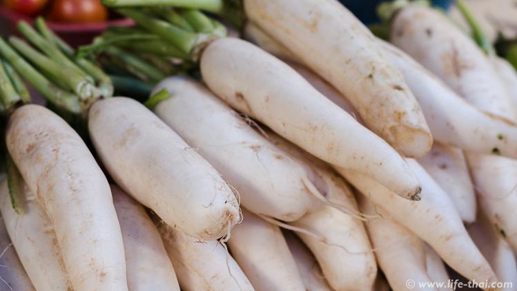 Овощи на тайском рынке