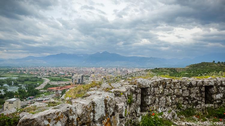 Вид на Шкодер с крепости Розафа, Албания