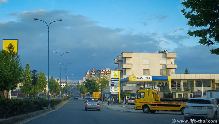 Заправка в Албании