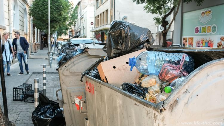 Кучи мусора, София, Болгария