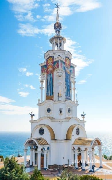 Малореченский храм-маяк в Крыму
