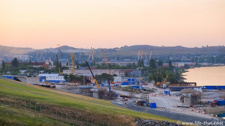 Стройка крымского моста, смотровая площадка