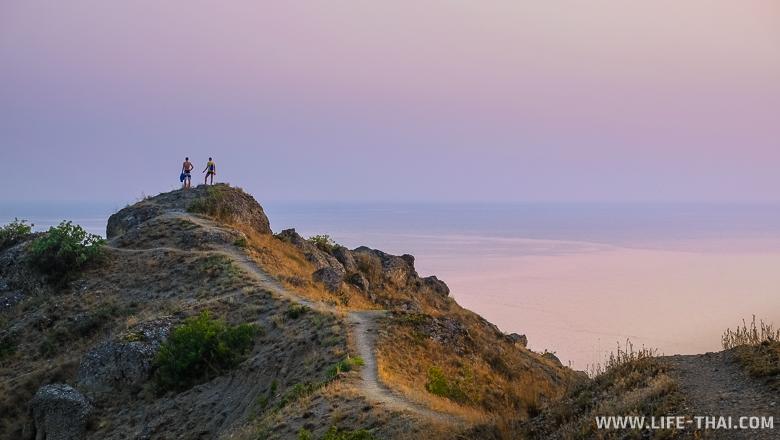мыс Меганом, горы, отдых в палатке, Крым