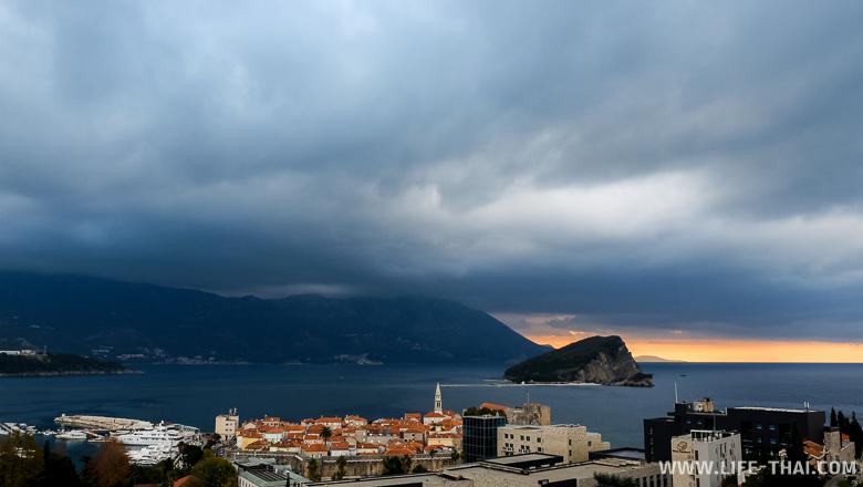 Ноябрь в Черногории - холодный, дождливый