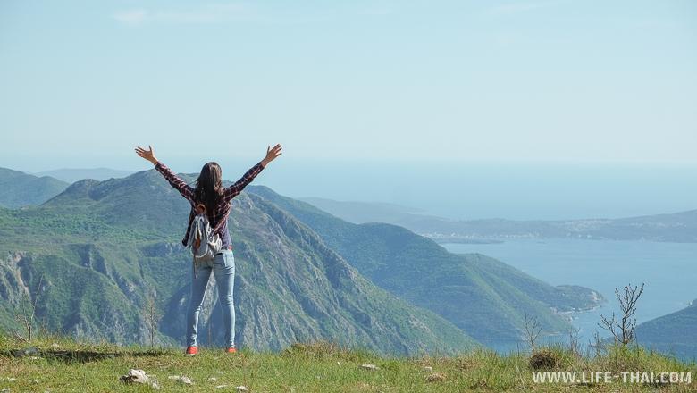 Я на фоне Боко-Которского залива, Черногория