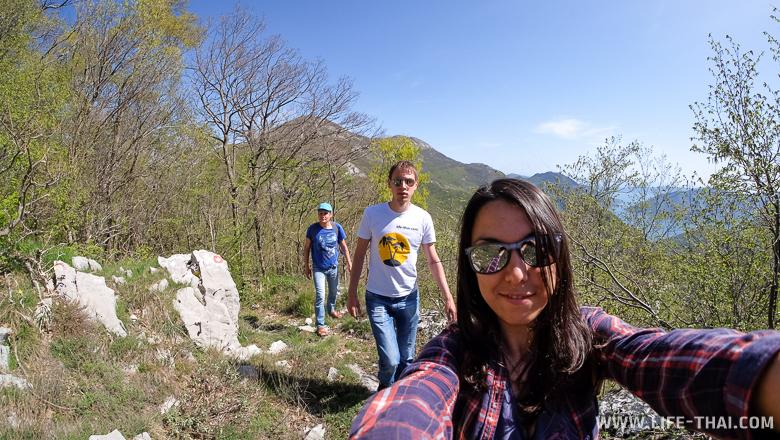 Поднимаемся к форту Обер Грковац, Черногория