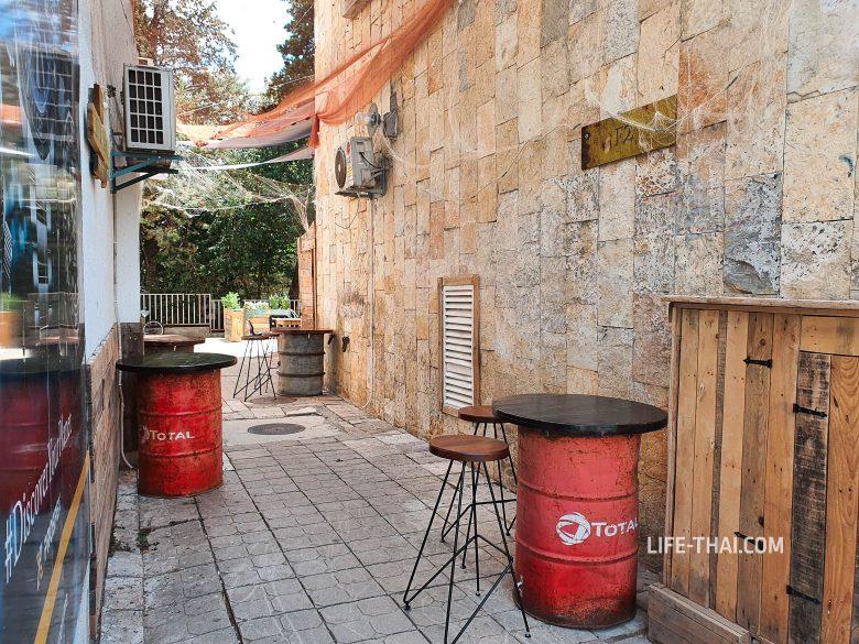 Кафе в городе Бар в Черногории