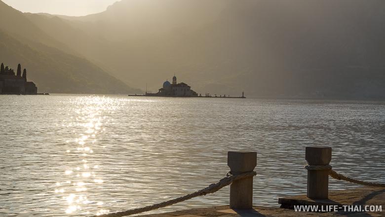 Остров Богородицы на рифе, Пераст, Черногория