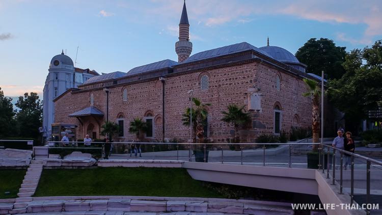 Мечеть в цетре Пловдива, Болгария