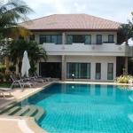 Отличный семейный отель или отель для больших компаний на Наихарне